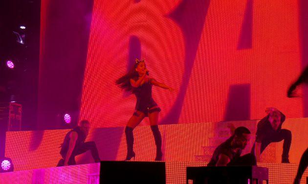 Ariana2