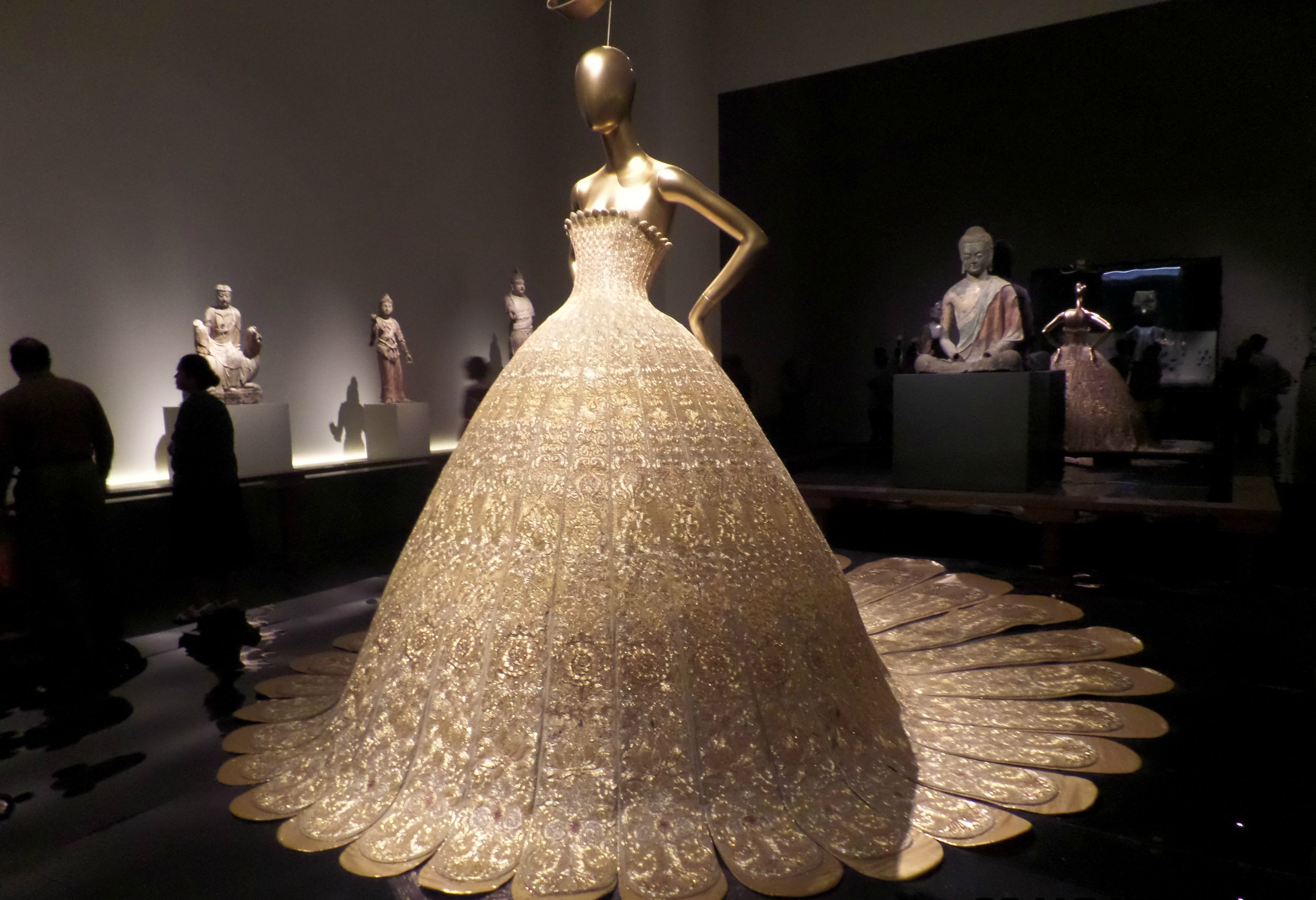 China: Through The Looking Glass\' May Be The MET\'s Most Beautiful ...