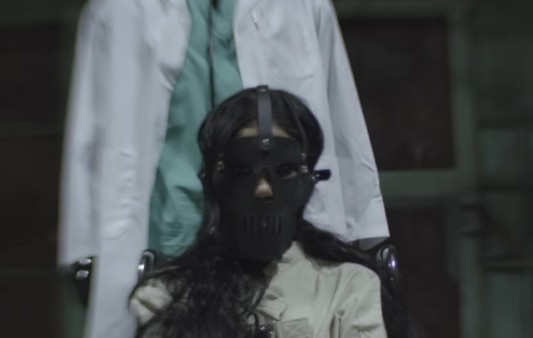 jhene-aiko-maniac-video-1483716822-640x406